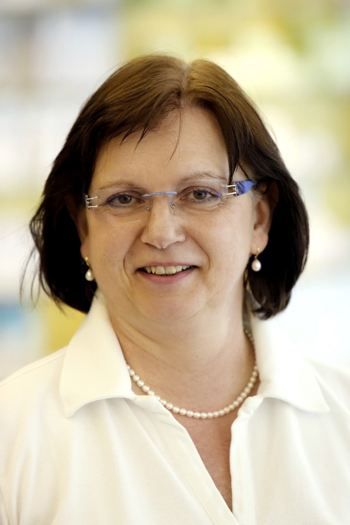 Irene Brocker  Pharmazeutisch-kaufmännische Angestellte